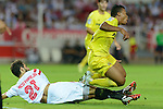 Villareal's Uche (R) and Nico Pareja (L) during the match between Sevilla FC and Villarreal day 9 spanish  BBVA League 2014-2015 day 5, played at Sanchez Pizjuan stadium in Seville, Spain. (PHOTO: CARLOS BOUZA / BOUZA PRESS / ALTER PHOTOS)