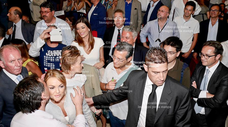 - NAPOLI 13  GIU  2014 -  Mostra d'Oltremare convention di Forza Italia:  Napoli con La Campania guida di un Nuovo Sud» organizzato da Forza Italia con Franncesca Pascale
