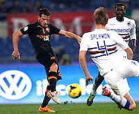 Calcio, ottavi di finale di Coppa Italia Tim: Roma vs Sampdoria. Roma, stadio Olimpico, 9 gennaio 2014.<br /> AS Roma midfielder Alessandro Florenzi, left, is challenged by Sampdoria defender Bartosz Salamon of Poland and midfielder Pedro Obiang of Spain, right, during the Italy Cup round of sixteen football match between AS Roma and Sampdoria at Rome's Olympic stadium, 9 January 2014.<br /> UPDATE IMAGES PRESS/Isabella Bonotto