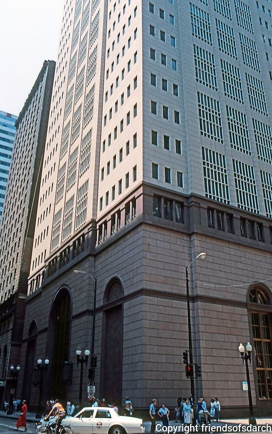 Philip Johnson & John Burgee Architects: 190 South LaSalle Street, Chicago 1986. A 42-story office tower.  Photo '88.