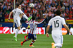 Atletico de Madrid's Arda Turan and Real Madrid´s Gareth Bale during quarterfinal first leg Champions League soccer match at Vicente Calderon stadium in Madrid, Spain. April 14, 2015. (ALTERPHOTOS/Victor Blanco)