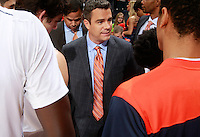CHARLOTTESVILLE, VA- NOVEMBER 29:  Head coach Tony Bennett of the Virginia Cavaliers talks with his team before the game against the Virginia Cavaliers on November 29, 2011 at the John Paul Jones Arena in Charlottesville, Virginia. Virginia defeated Michigan 70-58. (Photo by Andrew Shurtleff/Getty Images) *** Local Caption *** Tony Bennett