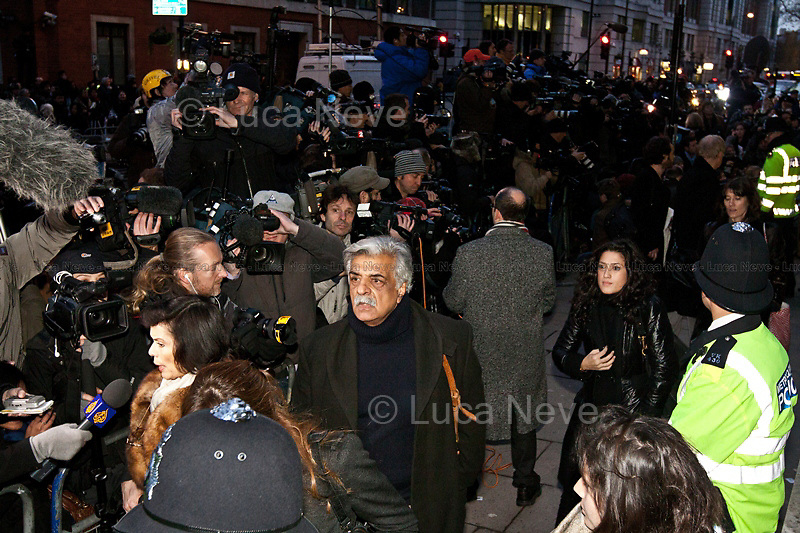 Tariq Ali - 2010<br /> <br /> London, 14/12/2010. Protesters and supporters of the Wikileaks founder Julian Assange gathered outside Westminster Magistrate Court for Assanges bail hearing. Supporters included, amongst others,   Tariq Ali (Historian, novelist, journalist, filmmaker, activist), Bianca Jagger (Social and human rights advocate and a former actress and model), Ken Loach (English film and television director), John Pilger (Journalist and documentary maker).