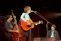 Beth Orton open for<br />  Pop Star BECK in Concert, February 9, 2000<br /> <br /> PHOTO  :  Agence Quebec Presse