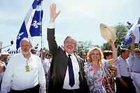 FILE -<br /> Jacques Parizeau<br /> et Lisette Lapointe au defile de la St-Jean 1993<br /> <br /> <br /> PHOTO  : Pierre Roussel - Agence Quebec Presse