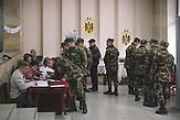 Military servants voting in  Chisinau, Republic of Moldova. / Präsidentenwahl in der Republik Moldau am 30.10.2016 in Chisinau