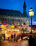 Deutschland, Nordrhein-Westfalen, Aachen: Weihnachtsmarkt | Germany, North Rhine-Westphalia, Aachen: Christmas Market