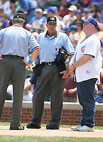 2007:  MLB Umpire Paul Nauert at Wrigley Field during a National League baseball game.  Photo by Mike Janes/Four Seam Images
