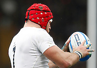 Rugby, Torneo delle Sei Nazioni: Italia vs Inghilterra. Roma, 14 febbraio 2016.<br /> England's Mako Vunipola catches the ball during the Six Nations rugby union international match between Italy and England at Rome's Olympic stadium, 14 February 2016.<br /> UPDATE IMAGES PRESS/Riccardo De Luca
