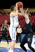 11-02-2021: Basketbal: Donar Groningen v Apollo Amsterdam: Groningen  Donar speler Damjan Rudez en Apollo speler Weijs