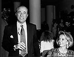 SARO E ROBERTA BALSAMO<br /> FESTA ENRICO COVERI AL TOULA' <br /> MILANO 1989
