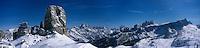 Europe/Italie/Vénétie/Dolomites/ env Cortina d'Ampezzo:  Ski alpin  les pistes prés du Refuge d'Avereau  dans le massif des Cinq Tours  à Forcella Nuvolau 2416 m-Massif des Dolomites