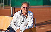 August 24, 2014, Netherlands, Amstelveen, De Kegel, National Veterans Championships, Coach Frits Raymakers (NED) <br /> Photo: Tennisimages/Henk Koster
