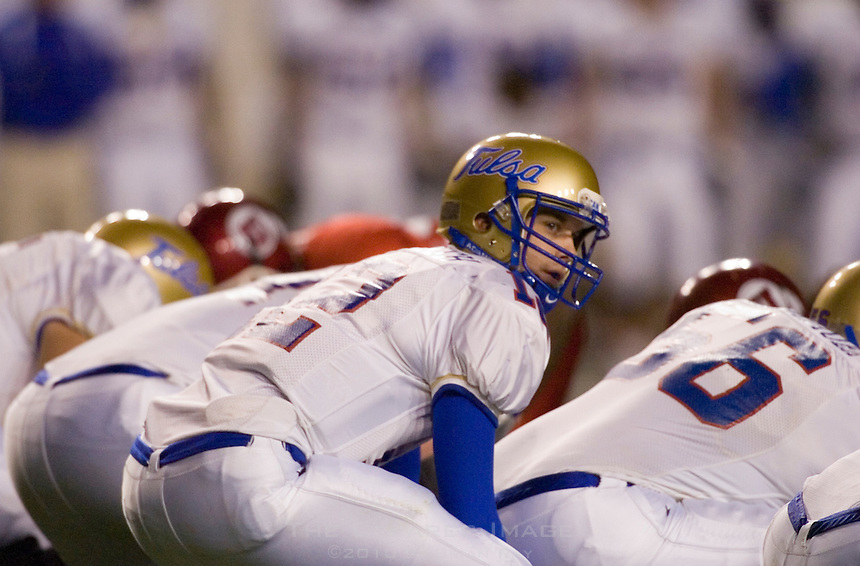 23 December 2006: Tulsa quarterback Paul Smith (#12) audibles at the line of scrimmage during the 2006 Bell Helicopters Armed Forces Bowl between The University of Tulsa and The University of Utah at Amon G. Carter Stadium in Fort Worth, TX.