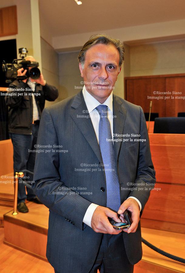 - NAPOLI  13  FEB    2014 -    Il Consigliere regionale  Angelo Marino