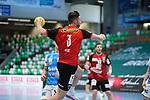 Fabian Wiede (Berlin) beim Wurf beim Spiel in der Handball Bundesliga, Frisch Auf Goeppingen - Fuechse Berlin.<br /> <br /> Foto © PIX-Sportfotos *** Foto ist honorarpflichtig! *** Auf Anfrage in hoeherer Qualitaet/Aufloesung. Belegexemplar erbeten. Veroeffentlichung ausschliesslich fuer journalistisch-publizistische Zwecke. For editorial use only.