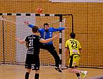 Deutschland - Sport<br /> Handball - Aufstiegsrunde zur 2. Bundesliga<br /> TuS Dansenberg (dan) - HSG Krefeld Niederrhein (kref) 24:21<br /> Großer Rückhalt seiner Mannschaft Torwart Kevin KLIER (TuS Dansenberg)<br /> <br /> Foto © PIX-Sportfotos *** Foto ist honorarpflichtig! *** Auf Anfrage in hoeherer Qualitaet/Aufloesung. Belegexemplar erbeten. Veroeffentlichung ausschliesslich fuer journalistisch-publizistische Zwecke. For editorial use only.