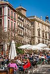 Spanien, Andalusien, Granada: Cafes auf der Plaza Nueva | Spain, Andalusia, Granada: cafes at Plaza Nueva