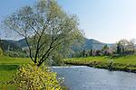 Germany, Baden-Wurttemberg, Black Forest, springtime at Kinzig Valley near Hausach | Deutschland, Baden-Wuerttemberg, Schwarzwald, Fruehling im Kinzigtal bei Hausach