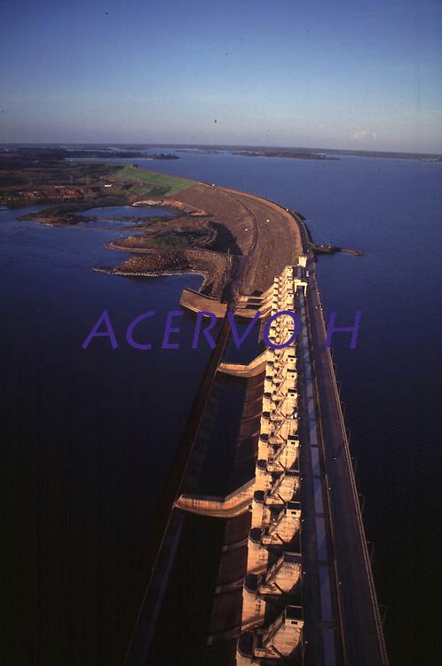 Hidrelétrica de Tucuruí,<br /> Foto Paulo Santos/Interfoto<br /> 2000