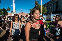 BUENOS AIRES, ARGENTINA, 28.11.2015 - MARCHA-VADIAS - Participantes durante a Marcha das Vadias em Buenos Aires na capital da Argentina neste sábado, 28. (Foto: Patricio Murphy/Brazil Photo Press)