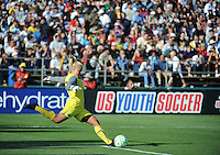 Val Henderson. The Los Angeles Sol defeated FC Gold Pride, 2-0, at Buck Shaw Stadium in Santa Clara, CA on May 24, 2009.