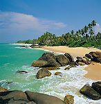 Sri Lanka, West coast near Ambalangoda: secluded beach | Sri Lanka, Westkueste bei Ambalangoda: einsamer Strand
