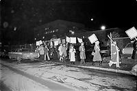 ARCHIVE -<br /> <br /> Manifestion des membres de l'Union des Artistes (UDA) devant Radio-Quebec<br /> , entre le 4 et le 10 Mars 1973<br /> <br /> Photo : Agence Quebec Presse  - Alain Renaud