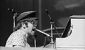 ELTON JOHN, LIVE, DODGER STADIUM,1975, NEIL ZLOZOWER