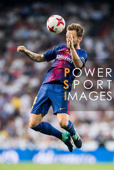 Ivan Rakitic of FC Barcelona in action during their Supercopa de Espana Final 2nd Leg match between Real Madrid and FC Barcelona at the Estadio Santiago Bernabeu on 16 August 2017 in Madrid, Spain. Photo by Diego Gonzalez Souto / Power Sport Images