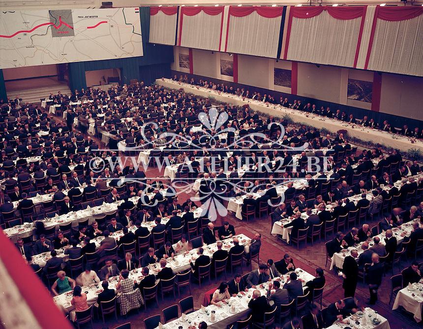 Juni 1969.  Stadsfeestzaal in Antwerpen.