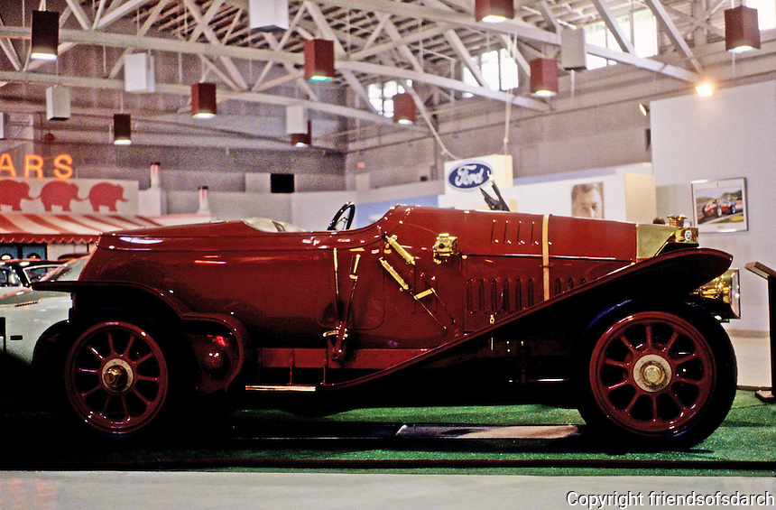 Classic Cars: 1914 Isotta-Fraschini Roadster. Top speed--85 mph.