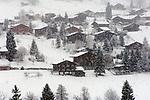 CHE, Schweiz, Kanton Bern, Berner Oberland, Grindelwald: starker Schneefall | CHE, Switzerland, Canton Bern, Bernese Oberland, Grindelwald: snow fall