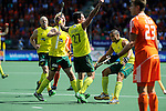The Hague, Netherlands, June 15: Kieran Govers #27 of Australia is congratulated by teammates after scoring a field goal to give the Kookaburras a 2-1 lead during the field hockey gold match (Men) between Australia and The Netherlands on June 15, 2014 during the World Cup 2014 at Kyocera Stadium in The Hague, Netherlands. Final score 6-1 (2-1)  (Photo by Dirk Markgraf / www.265-images.com) *** Local caption *** Robert Hammond #6 of Australia, Aran Zalewski #17 of Australia, Kieran Govers #27 of Australia, Chris Ciriello #5 of Australia