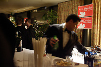 The bartender at work while Ken Dryden, former Hockey Player and candidate for the leadership of the Liberal Party of Canada, meet with his supporters  during his reception held on the top floor of  the Delta Hotel during the Leadership Convention in Montreal,  December 1st, 2006<br /> <br /> (c) : 2006, Images Distribution