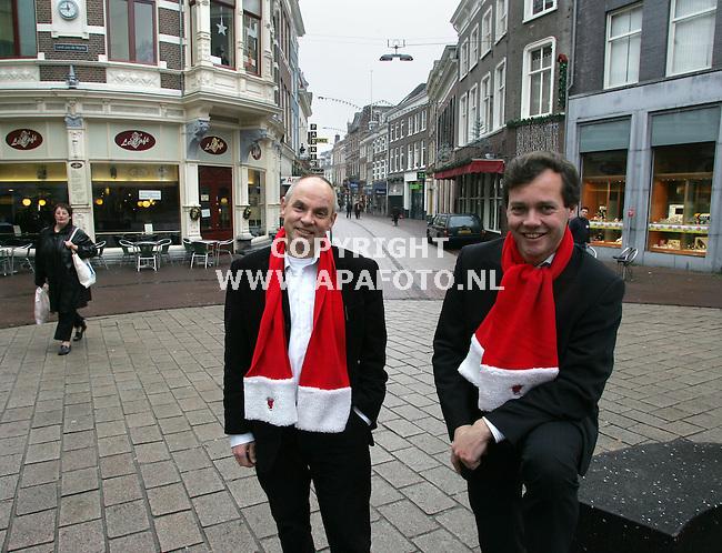 arnhem 191205 dhr. Haenen (links) en dhr.Kranenburg<br />foto Frans Ypma APA-foto