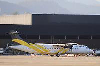 GUARULHOS, SP, 25.05.2021 - AEROPORTO-SP - Aeronave da Companhia Aérea Passaredo, no Aeroporto Internacional de São Paulo, em Guarulhos, nesta terça-feira, 25. (Foto Charles Sholl/Brazil Photo Press)