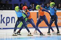 SHORTTRACK: DORDRECHT: Sportboulevard Dordrecht, 24-01-2015, ISU EK Shorttrack Finish 500m Men Final A, Victor AN (RUS   #60), Sjinkie KNEGT (NED   #1), Freek VAN DER WART (NED   #52), Semen ELISTRATOV (RUS   #61), ©foto Martin de Jong