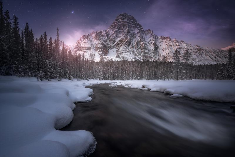 Starry skies over Mount Chephren. Alberta, CA