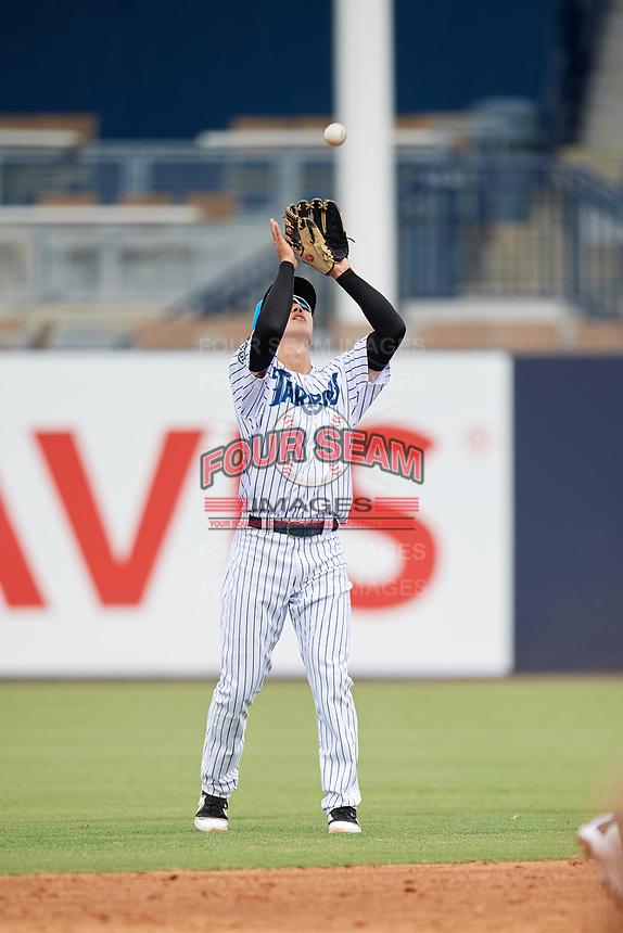Tampa Tarpons second baseman Hoy Jun Park (1) settles under a pop up during a game against the Lakeland Flying Tigers on April 8, 2018 at George M. Steinbrenner Field in Tampa, Florida.  Lakeland defeated Tampa 3-1.  (Mike Janes/Four Seam Images)