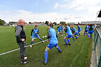 assistant coach Jan Gaens of KRC Genk with his players  pictured during the warming up of a female soccer game between SV Zulte - Waregem and KRC Genk on the second matchday of the 2021 - 2022 season of Belgian Scooore Womens Super League , saturday 28 of August 2021  in Zulte , Belgium . PHOTO SPORTPIX   DIRK VUYLSTEKE