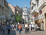 Germany, Baden-Wuerttemberg, Baden-Baden: pedestrian area Lange Strasse | Deutschland, Baden-Wuerttemberg, Baden-Baden: Fussgaengerzone Lange Strasse
