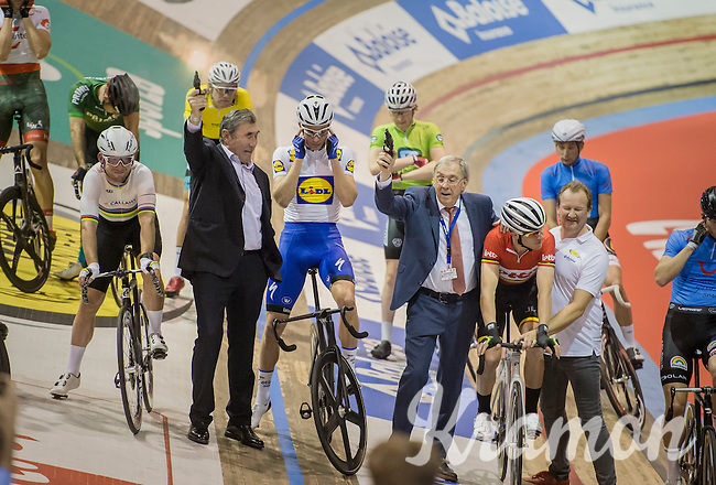 6 day legends Eddy Merckx & Patrick Sercu fire off the 2016 Gent 6 while the riders cover their ears<br /> <br /> day 1