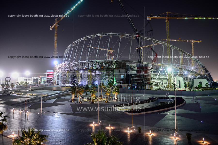 KATAR, Doha, Baustelle Khalifa International Stadium fuer die  FIFA WM Fussball Weltmeisterschaft 2022, auf den Baustellen arbeiten Gastarbeiter aus aller Welt / QATAR, Doha, construction site Khalifa International Stadium for FIFA world cup 2022, built by contractor midmac and sixt contract