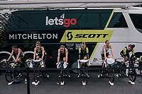 Team Mitchelton-Scott warming up<br /> <br /> UCI WOMEN'S TEAM TIME TRIAL<br /> Ötztal to Innsbruck: 54.5 km<br /> <br /> UCI 2018 Road World Championships<br /> Innsbruck - Tirol / Austria