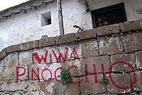 Scritte sui muri. Written on the walls...