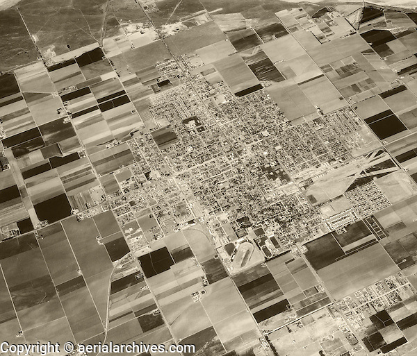 historical aerial photograph Santa Maria, California, 1956
