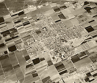 historical aerial photograph Santa Maria, California, 1956