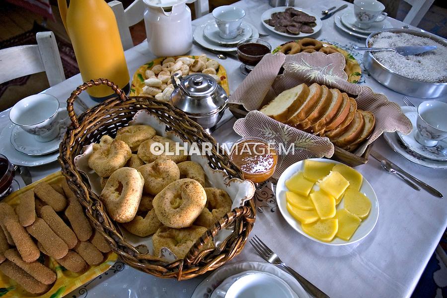 Alimentos. Pães. Café da manhã. Foto de Cris Berger.