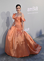 ANTIBES, FRANCE. July 16, 2021: Rachel Brosnahan at the amfAR Cannes Gala 2021, as part of the 74th Festival de Cannes, at Villa Eilenroc, Antibes.<br /> Picture: Paul Smith / Featureflash